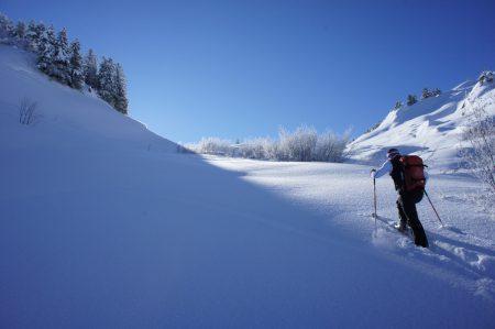 Non, le ski de rando n'a pas besoin des stations pour se développer !